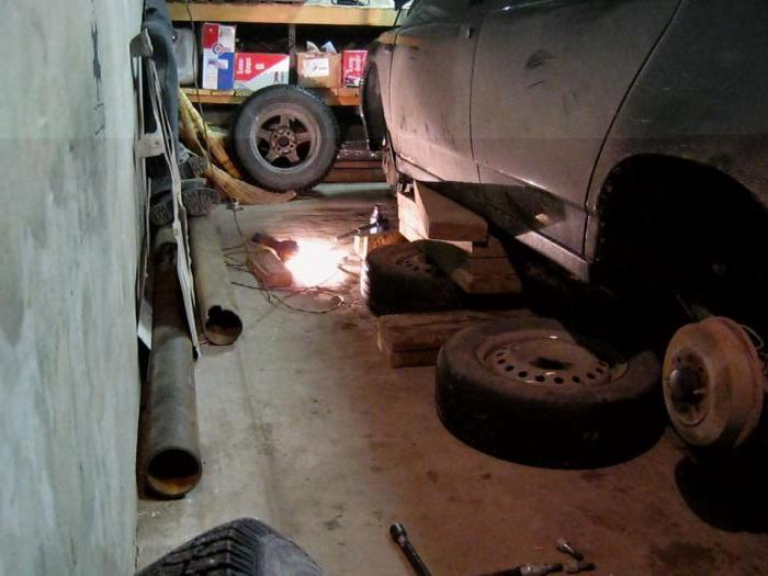 how to change rear brake pads on VAZ 2110