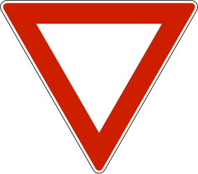 Traffic sign of Norway: Give way to all drivers