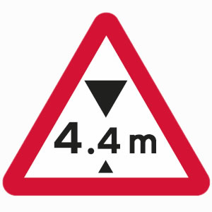 Height restriction warning sign with metric units
