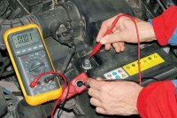 Как проверить наличие утечки тока в системе электрооборудования автомобиля?